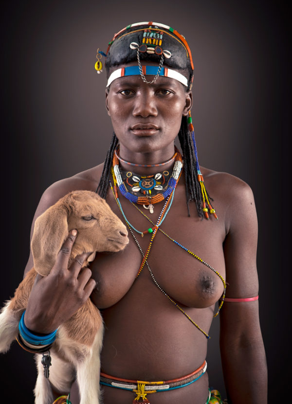 Twethihua Zemba Tribe portrait woman limited edition print by Klaus Tiedge